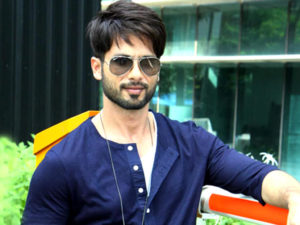 Shahid Kapoor Age, Wife, Height, Movie, Hairstyle, Family, Images(photos), Net Worth, Brother, Education, Biography, Date Of Birth, Awards, Twitter, Instagram, Wiki, Facebook, Imdb, Website (62)