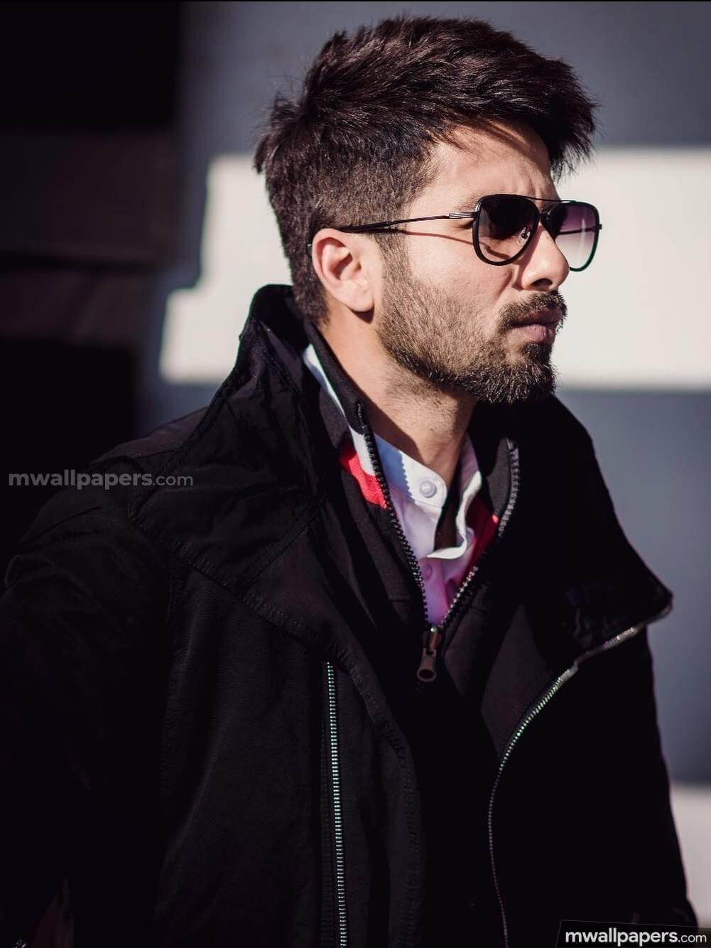 Shahid Kapoor Age, Wife, Height, Movie, Hairstyle, Family, Images(photos), Net Worth, Brother, Education, Biography, Date Of Birth, Awards, Twitter, Instagram, Wiki, Facebook, Imdb, Website (70)