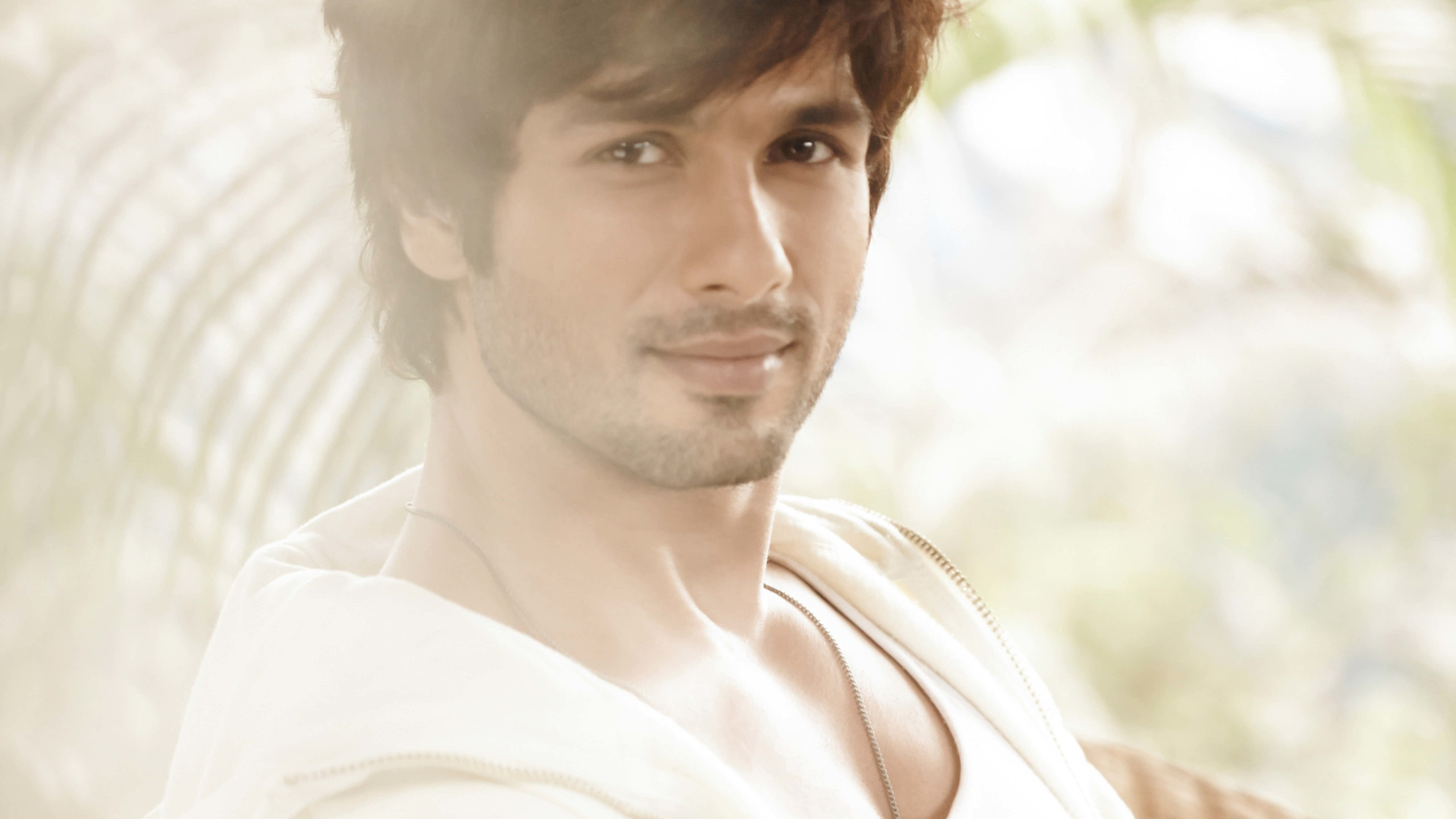 Shahid Kapoor Age, Wife, Height, Movie, Hairstyle, Family, Images(photos), Net Worth, Brother, Education, Biography, Date Of Birth, Awards, Twitter, Instagram, Wiki, Facebook, Imdb, Website (84)
