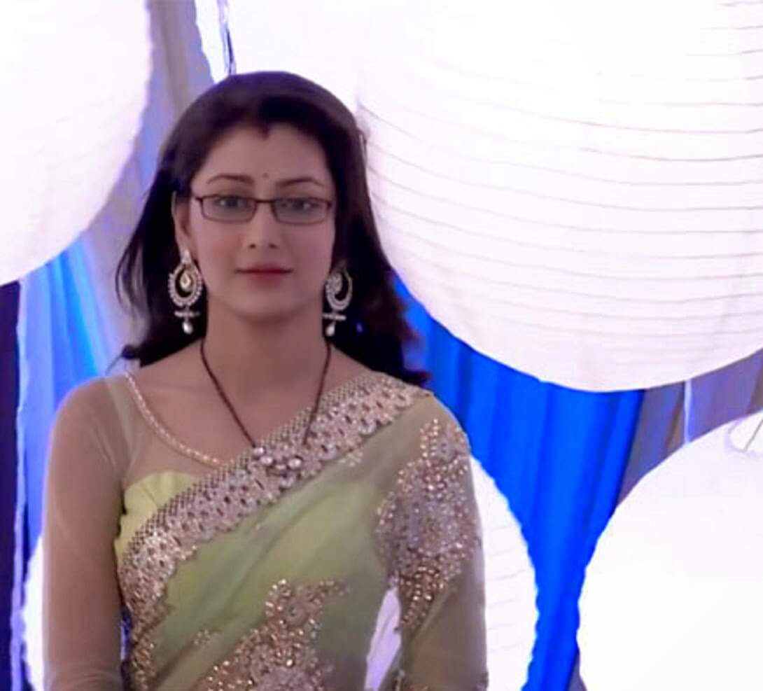 Sriti Jha Age, Photos(images), Biography, Family, Date Of Birth, Husband, Height, Marriage, Net Worth, Education, Awards, Instagram, Facebook, Twitter, Wiki, Imdb (11)