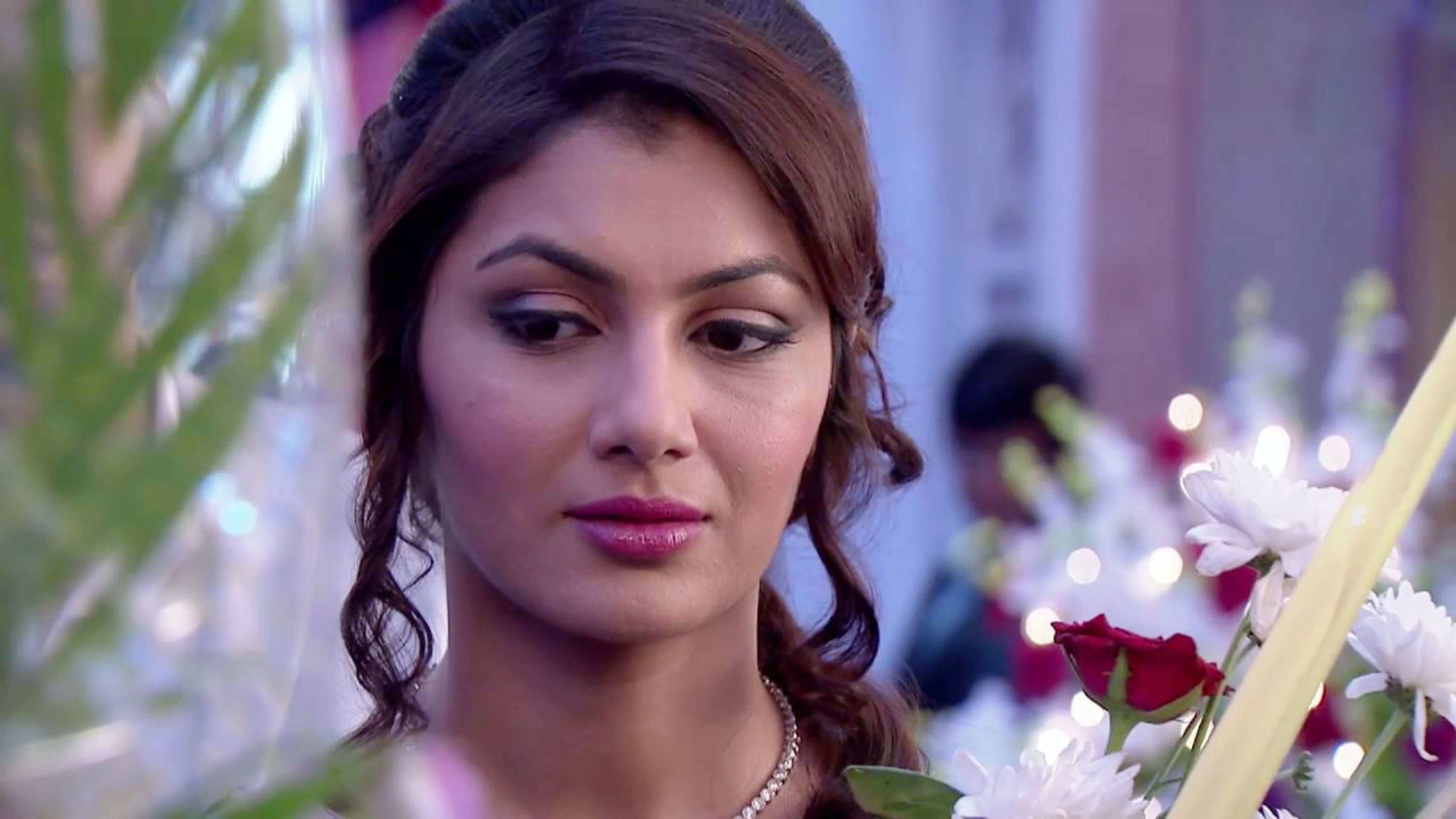 Sriti Jha Age, Photos(images), Biography, Family, Date Of Birth, Husband, Height, Marriage, Net Worth, Education, Awards, Instagram, Facebook, Twitter, Wiki, Imdb (37)