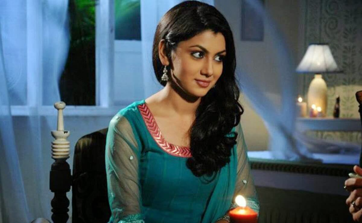 Sriti Jha Age, Photos(images), Biography, Family, Date Of Birth, Husband, Height, Marriage, Net Worth, Education, Awards, Instagram, Facebook, Twitter, Wiki, Imdb (9)