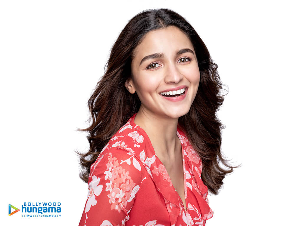 Alia Bhatt Biography, Marriage,age, Photo, Net Worth, Height, Boyfriend, Images, Date Of Birth, Mother, Birthday Date, Sister, In Saree, Husband, Father (22)