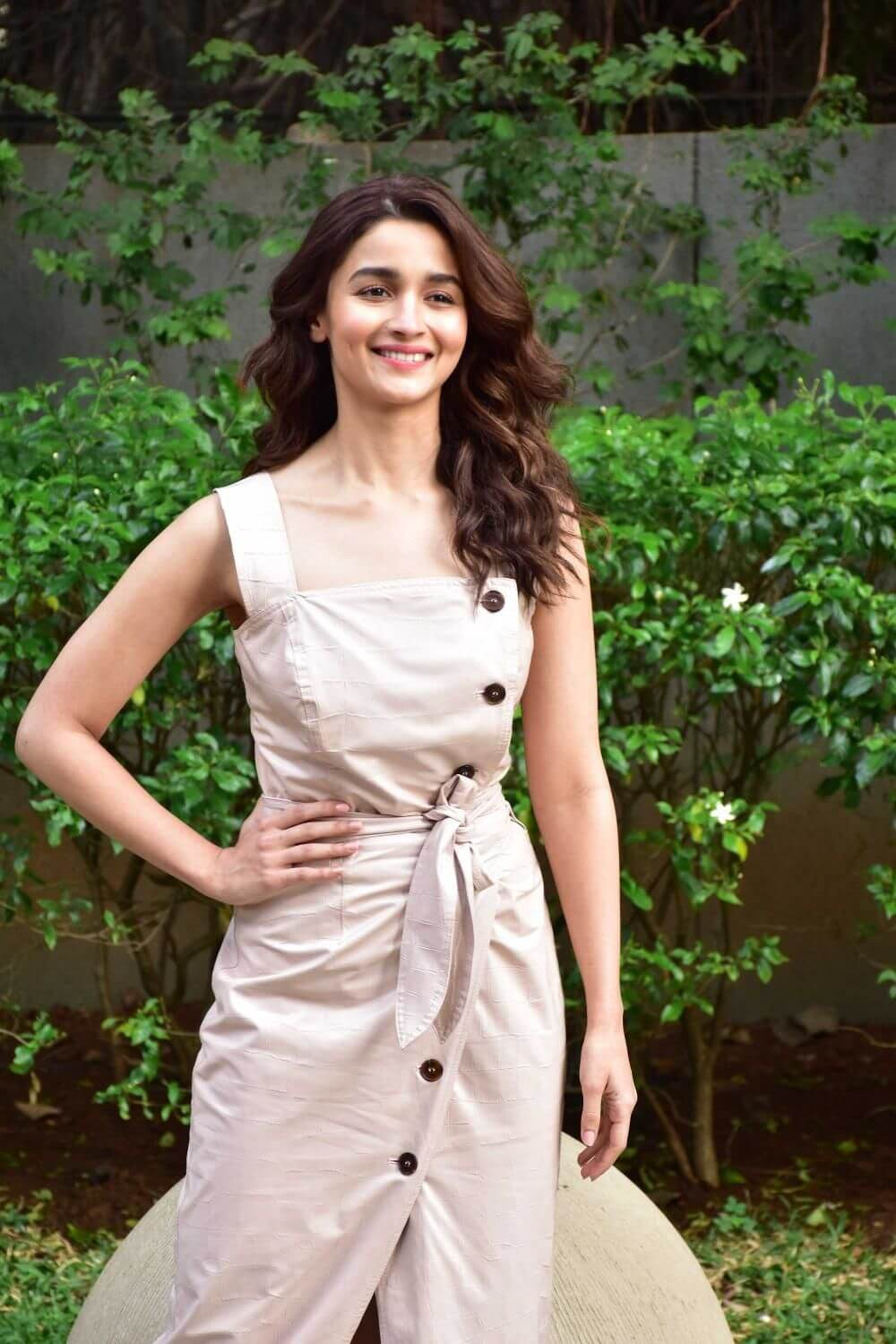 Alia Bhatt Biography, Marriage,age, Photo, Net Worth, Height, Boyfriend, Images, Date Of Birth, Mother, Birthday Date, Sister, In Saree, Husband, Father (3)