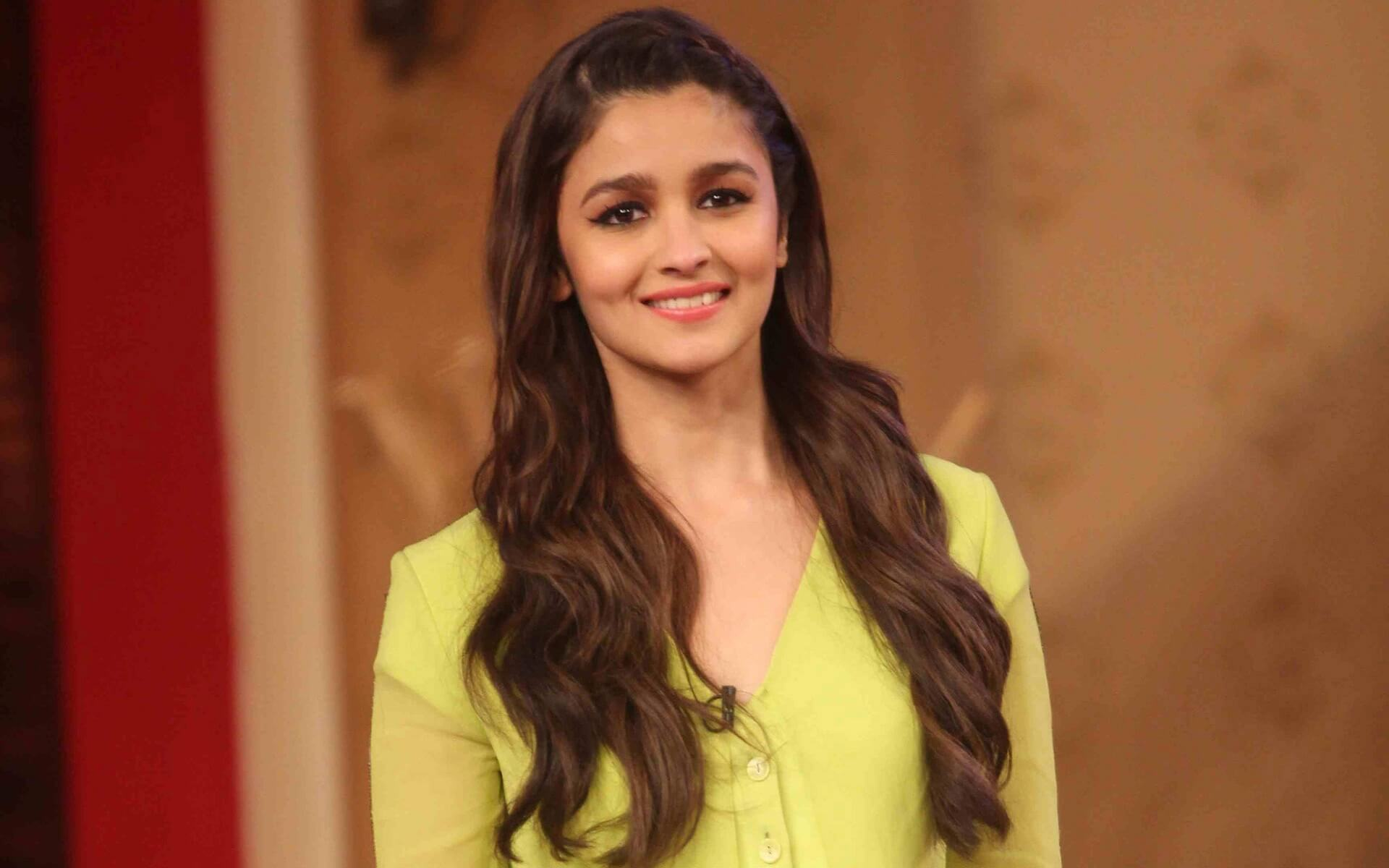 Alia Bhatt Biography, Marriage,age, Photo, Net Worth, Height, Boyfriend, Images, Date Of Birth, Mother, Birthday Date, Sister, In Saree, Husband, Father (34)