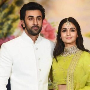 Alia Bhatt Biography, Marriage,age, Photo, Net Worth, Height, Boyfriend, Images, Date Of Birth, Mother, Birthday Date, Sister, In Saree, Husband, Father (38)