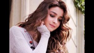 Alia Bhatt Biography, Marriage,age, Photo, Net Worth, Height, Boyfriend, Images, Date Of Birth, Mother, Birthday Date, Sister, In Saree, Husband, Father (39)