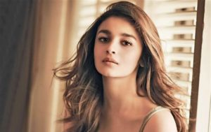 Alia Bhatt Marriage, Biography, Age, Photo, Net Worth, Height, Boyfriend, Images, Date Of Birth, Mother, Birthday Date, Sister, In Saree, Husband, Father (10)