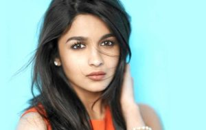 Alia Bhatt Marriage, Biography, Age, Photo, Net Worth, Height, Boyfriend, Images, Date Of Birth, Mother, Birthday Date, Sister, In Saree, Husband, Father (12)