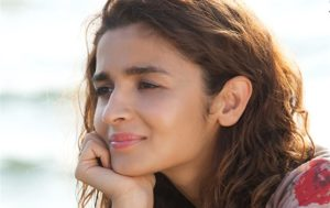 Alia Bhatt Marriage, Biography, Age, Photo, Net Worth, Height, Boyfriend, Images, Date Of Birth, Mother, Birthday Date, Sister, In Saree, Husband, Father (16)