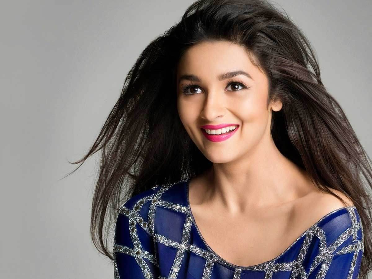 Alia Bhatt Marriage, Biography, Age, Photo, Net Worth, Height, Boyfriend, Images, Date Of Birth, Mother, Birthday Date, Sister, In Saree, Husband, Father (19)