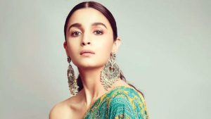 Alia Bhatt Marriage, Biography, Age, Photo, Net Worth, Height, Boyfriend, Images, Date Of Birth, Mother, Birthday Date, Sister, In Saree, Husband, Father (3)