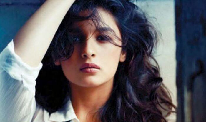 Alia Bhatt Marriage, Biography, Age, Photo, Net Worth, Height, Boyfriend, Images, Date Of Birth, Mother, Birthday Date, Sister, In Saree, Husband, Father (8)