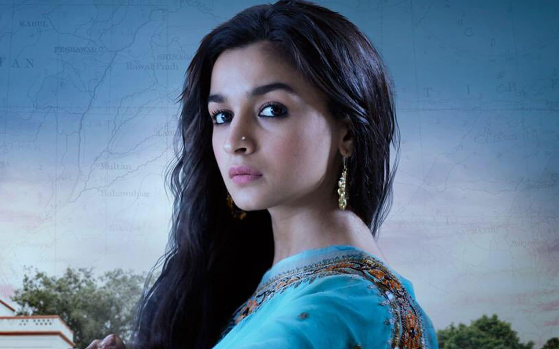 Alia Bhatt Marriage, Biography, Age, Photo, Net Worth, Height, Boyfriend, Images, Date Of Birth, Mother, Birthday Date, Sister, In Saree, Husband, Father (9)