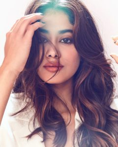 Janhvi Kapoor Age, Photos(images), Movie, Education, Birthday, Biography, Height, Husband, Net Worth, Instagram, Wiki, Twitter, Facebook, Imdb (37)