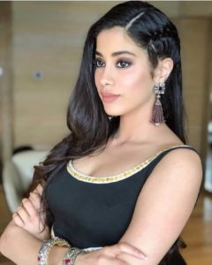 Janhvi Kapoor Age, Photos(images), Movie, Education, Birthday, Biography, Height, Husband, Net Worth, Instagram, Wiki, Twitter, Facebook, Imdb (5)