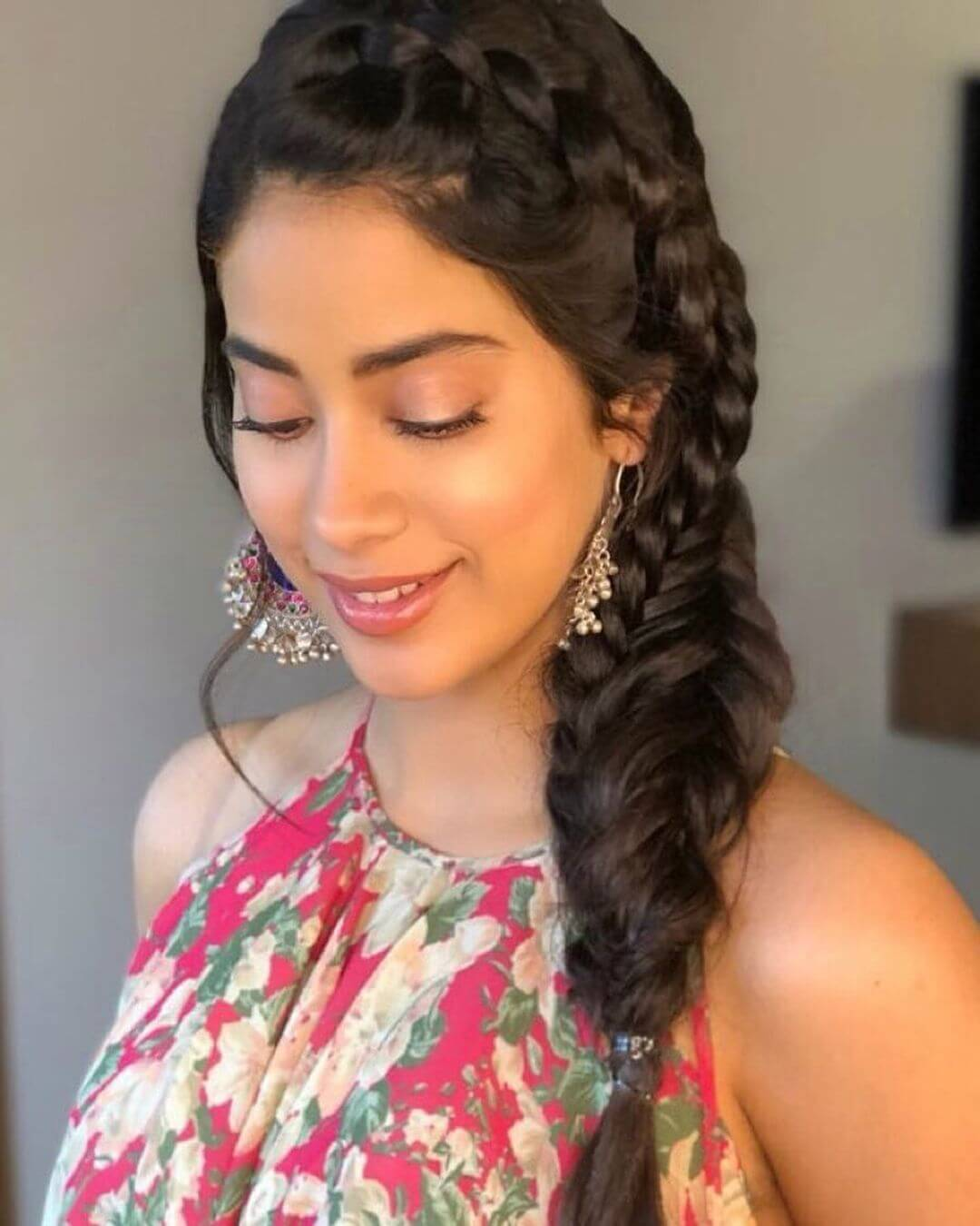 Janhvi Kapoor Age, Photos(images), Movie, Education, Birthday, Biography, Height, Husband, Net Worth, Instagram, Wiki, Twitter, Facebook, Imdb (6)