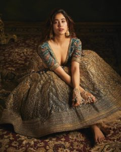 Janhvi Kapoor Age, Photos(images), Movie, Education, Birthday, Biography, Height, Husband, Net Worth, Instagram, Wiki, Twitter, Facebook, Imdb (61)