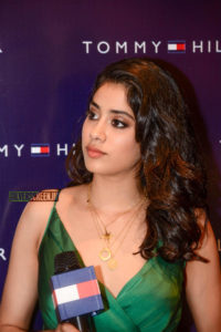 Janhvi Kapoor Age, Photos(images), Movie, Education, Birthday, Biography, Height, Husband, Net Worth, Instagram, Wiki, Twitter, Facebook, Imdb (74)