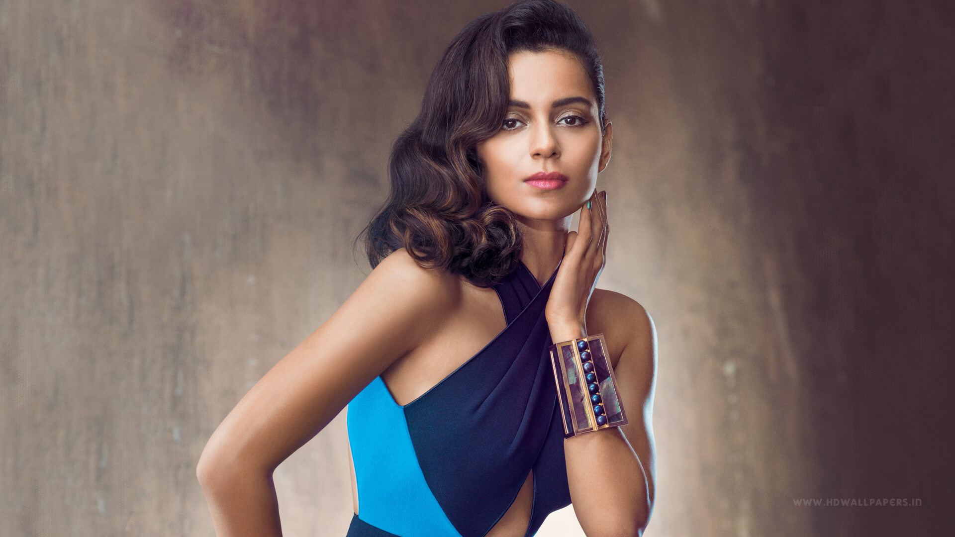 Kangana Ranaut Age, Sister, Image, Latest News, Net Worth, Biography, Husband, Height, Awards, Photos, Date Of Birth, Twitter, Instagram, Wiki (23)