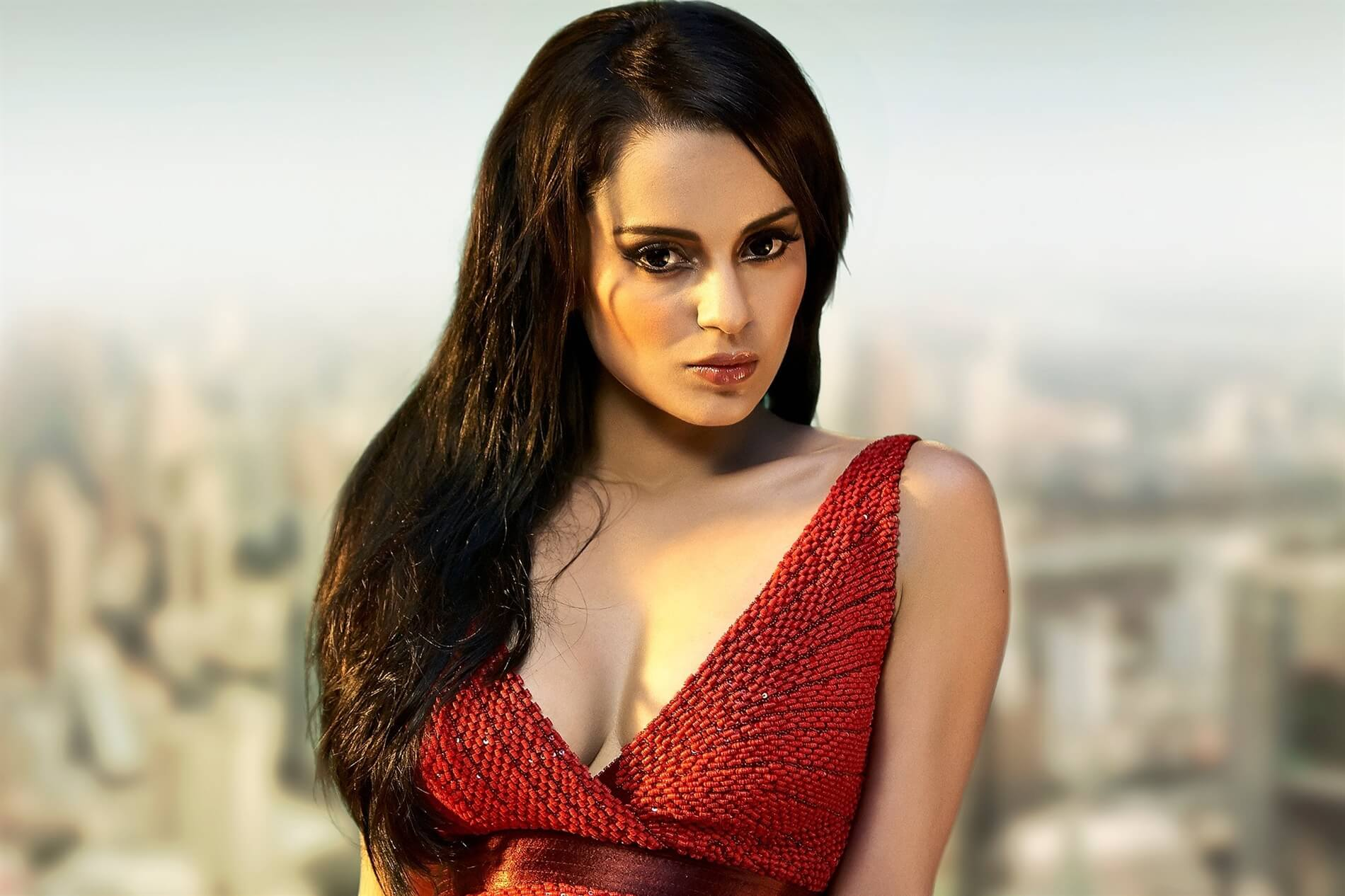 Kangana Ranaut age, sister, image, latest news, net worth, biography, husband, height, awards, photos, date of birth, twitter, instagram, wiki