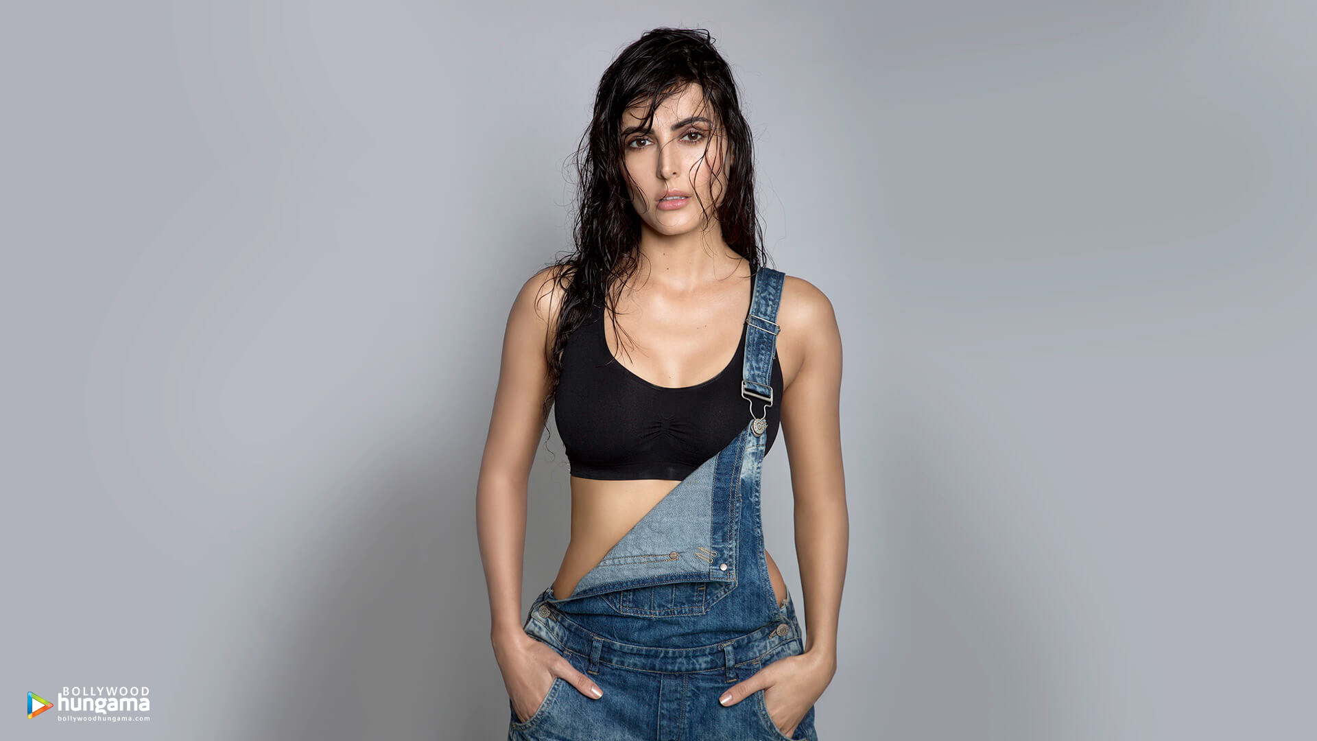 Mandana Karimi Age, Husband, Height, Marriage, Biography, Wedding, Bigg Boss, Wallpaper, Pics, Instagram, Facebook, Twitter (10)