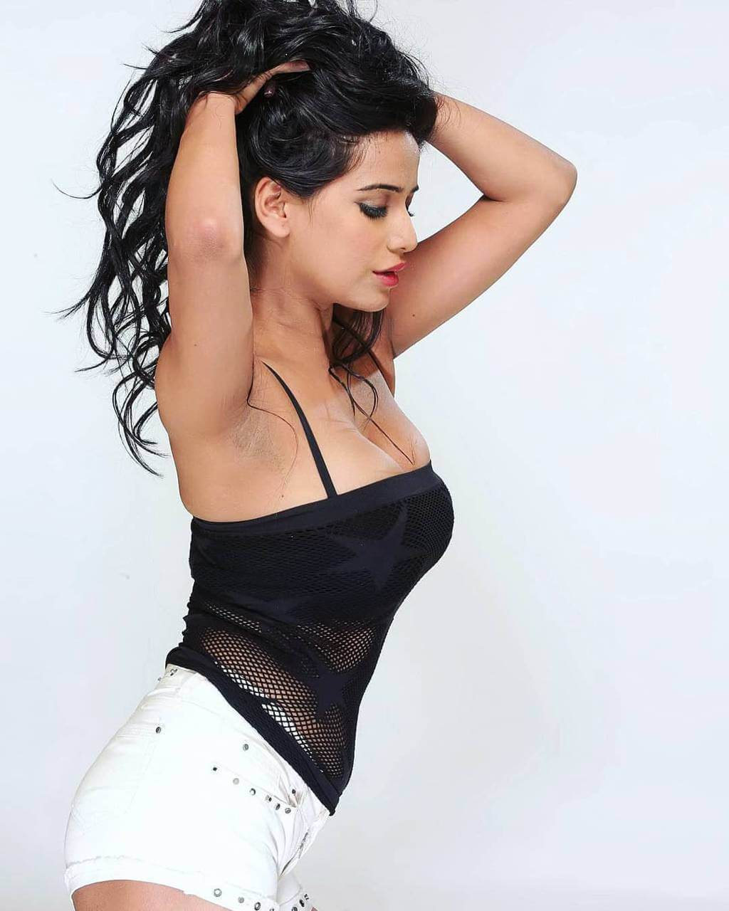 Poonam Pandey Website, Height, Age, Net Worth, Boyfriend, News, Youtube, Birthdate, Biography, Details, Education, Residence, Twitter, Instagram, Wiki, Imdb, Facebook, Website (1) class=