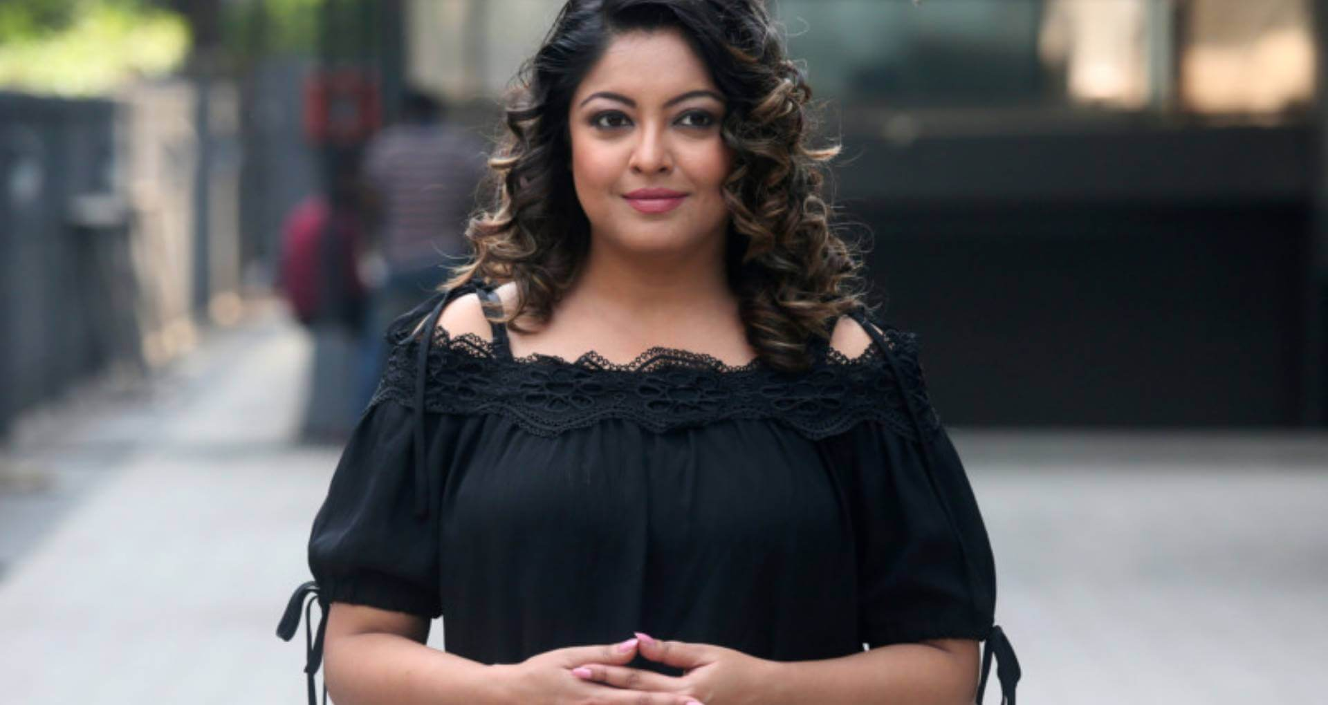 Tanushree Dutta Age, Sister, Latest News, Husband, Family, Net Worth, Height, Image(photo), Birthday, Biography, Married, Education, Wiki, Instagram, Twitter, Facebook, Imdb (6) (1)