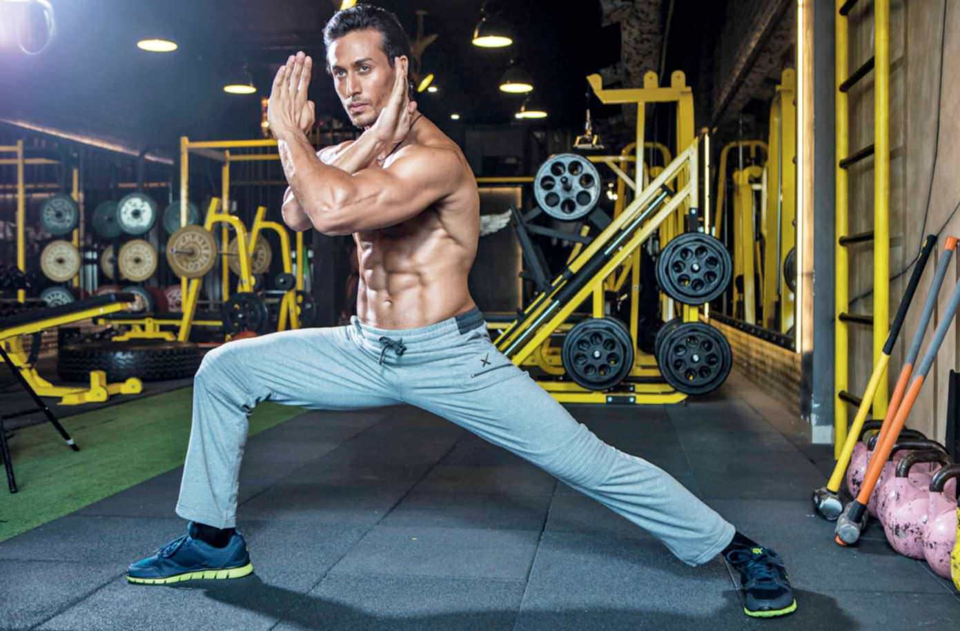 Tiger Shroff Age, Photos(image), Song, Movie, Height, Girlfriend, Sister, Date Of Birth, Net Worth, Biography, Education, Awards, Instagram, Twitter, Facebook, Wiki, Imdb, Youtube (40)