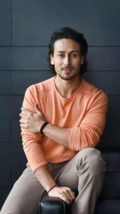 Tiger Shroff Age, Photos(image), Song, Movie, Height, Girlfriend, Sister, Date Of Birth, Net Worth, Biography, Education, Awards, Instagram, Twitter, Facebook, Wiki, Imdb, Youtube (46)