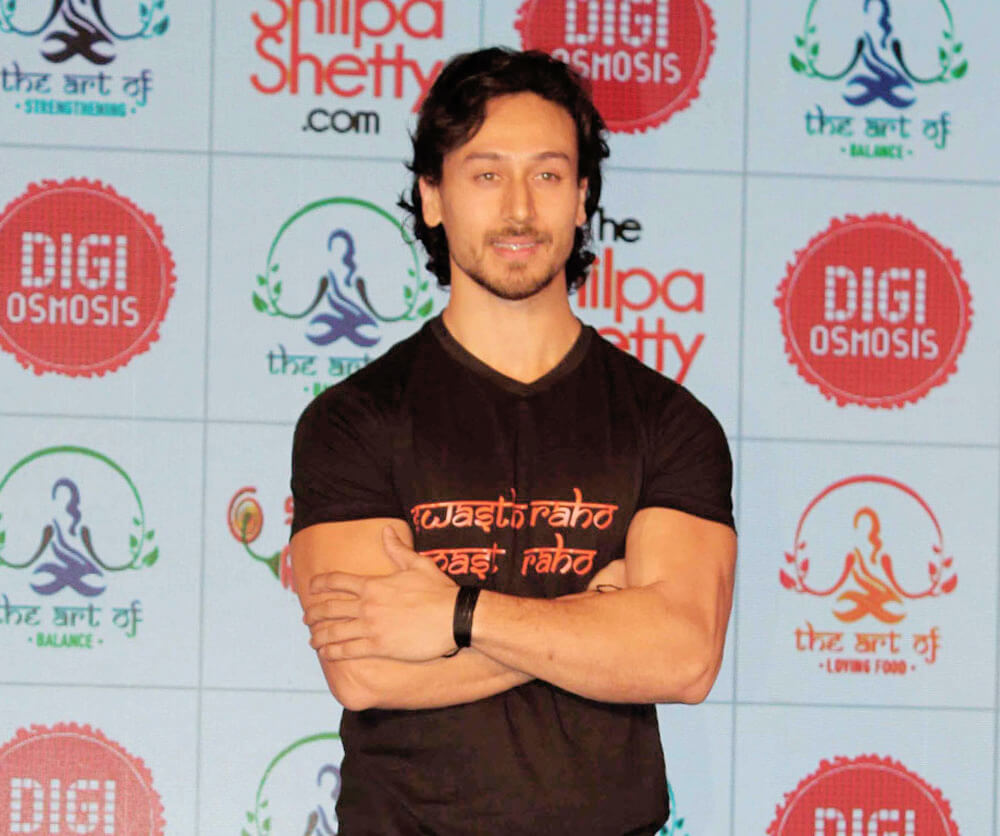 Tiger Shroff Age, Photos(image), Song, Movie, Height, Girlfriend, Sister, Date Of Birth, Net Worth, Biography, Education, Awards, Instagram, Twitter, Facebook, Wiki, Imdb, Youtube (49)
