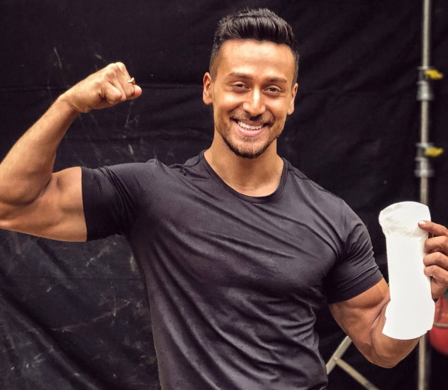 Tiger Shroff Age, Photos(image), Song, Movie, Height, Girlfriend, Sister, Date Of Birth, Net Worth, Biography, Education, Awards, Instagram, Twitter, Facebook, Wiki, Imdb, Youtube (54)