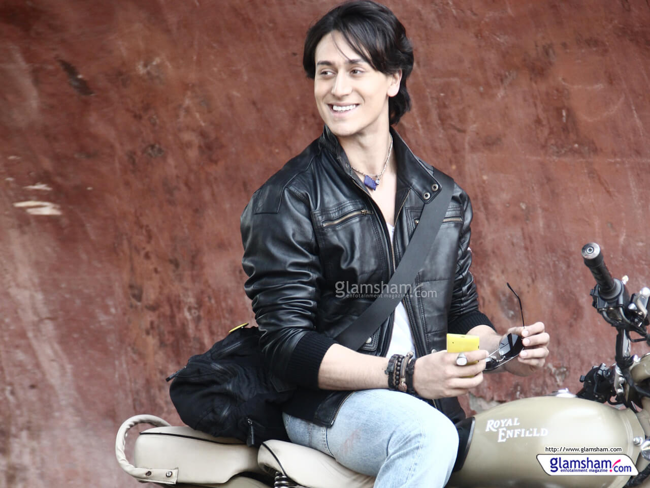 Tiger Shroff Age, Photos(image), Song, Movie, Height, Girlfriend, Sister, Date Of Birth, Net Worth, Biography, Education, Awards, Instagram, Twitter, Facebook, Wiki, Imdb, Youtube (6)