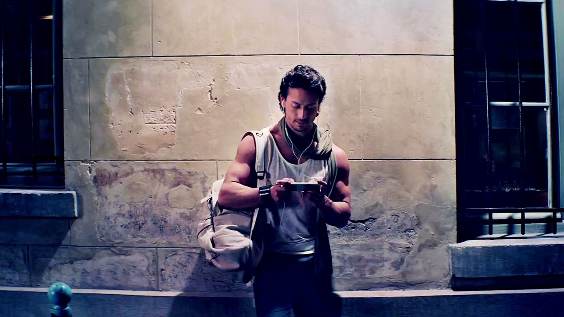 Tiger Shroff Age, Photos(image), Song, Movie, Height, Girlfriend, Sister, Date Of Birth, Net Worth, Biography, Education, Awards, Instagram, Twitter, Facebook, Wiki, Imdb, Youtube (85)
