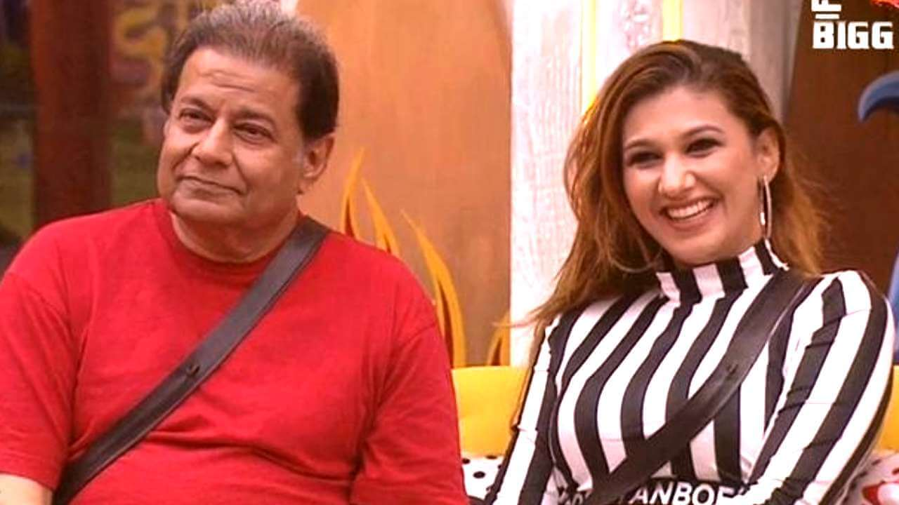Jasleen Matharu And Anoop Jalota Bigg Boss, Instagram, Age, Height, Family Photos, Biography, Boyfriend, Father, Twitter, Facebook, Photos, Date Of Birth, Relationship (27)