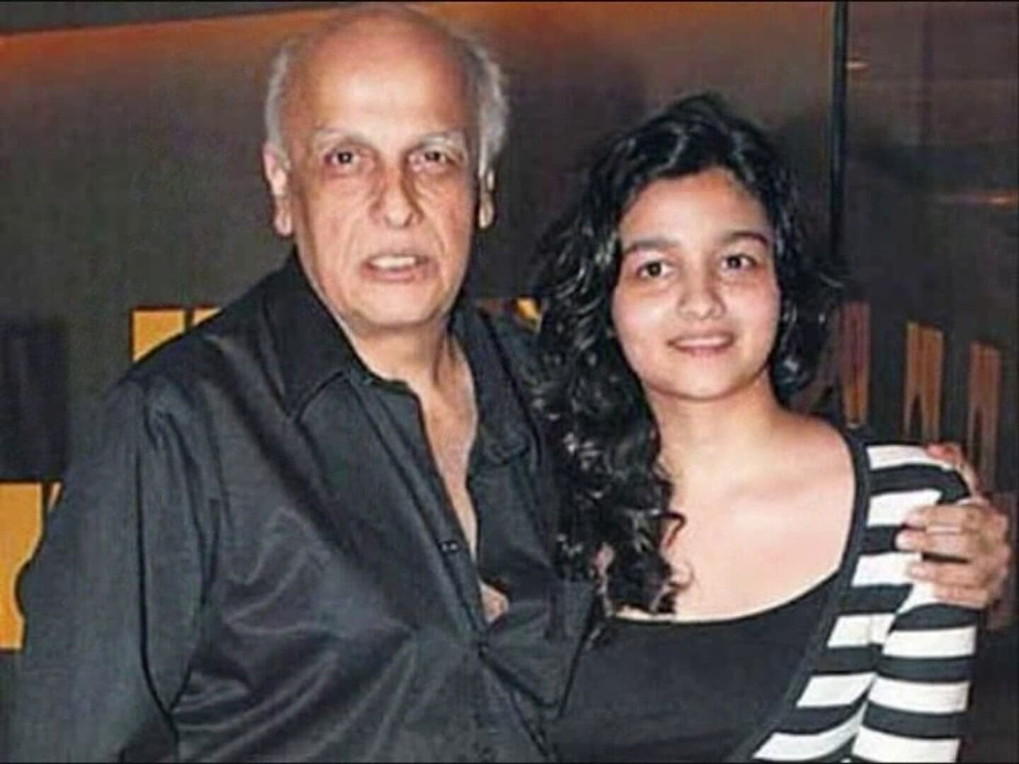 Top 10 Bollywood Actress Without Makeup Alia Bhatt With Mahesh Bhatt
