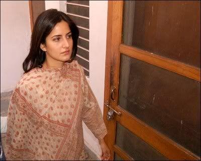 Top 10 Bollywood Actress Without Makeup Katrina Kaif At Home