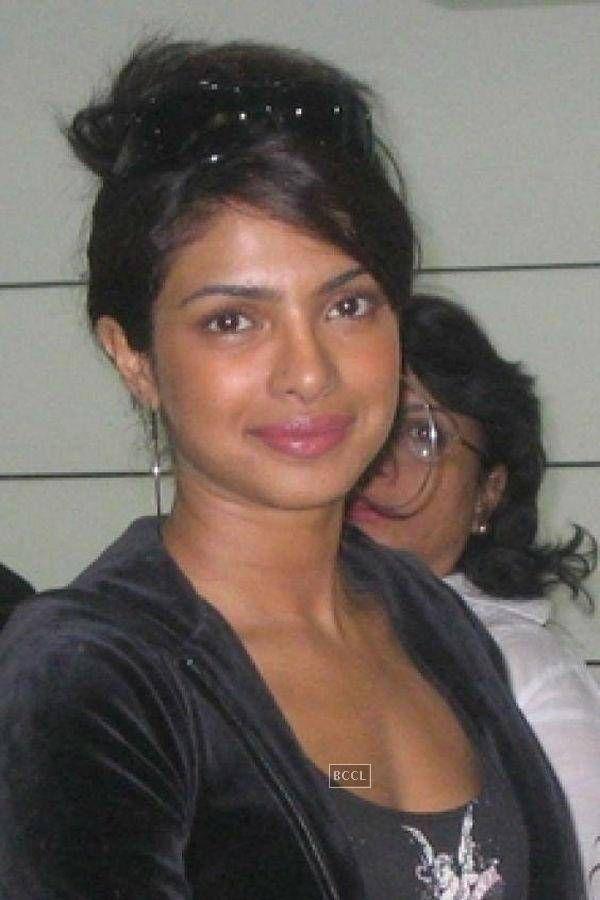 Top 10 Bollywood Actress Without Makeup Priyanka Chopra Old
