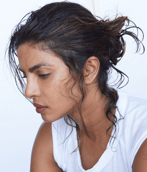 Top 10 Bollywood Actress Without Makeup Priyanka Chopra Thinking