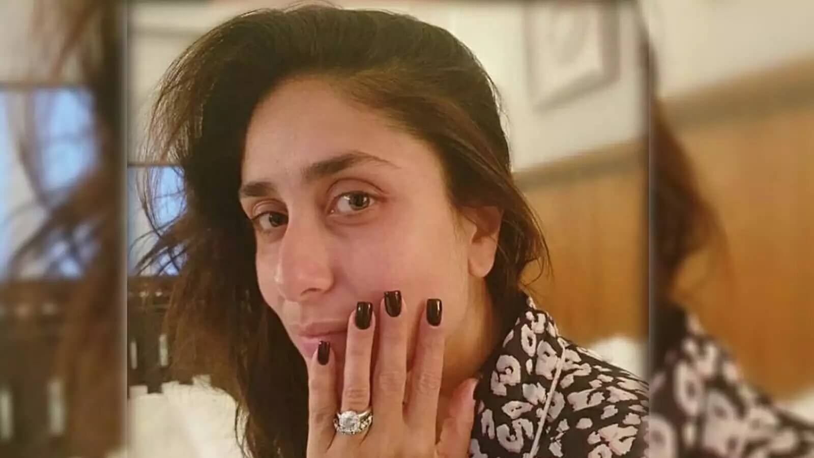 Top 10 Bollywood Actress Without Makeup Kareena Kapoor In Washroom