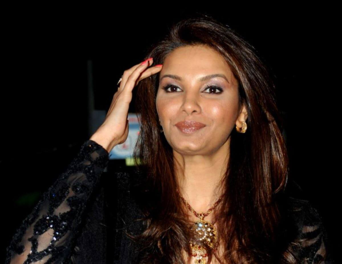 Diana Hayden Biography, Parents, Miss World 1997, Daughter, Images, Family, Death, Bigg Boss, Twitter, Instagram, Pictures (3)