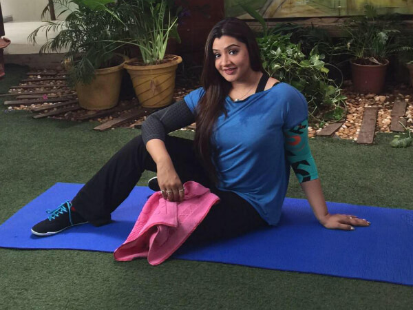 Aarti Agarwal Yoga Rare Pic The Tragic Death Of This Top Actress At Just 31 Years Old (7)