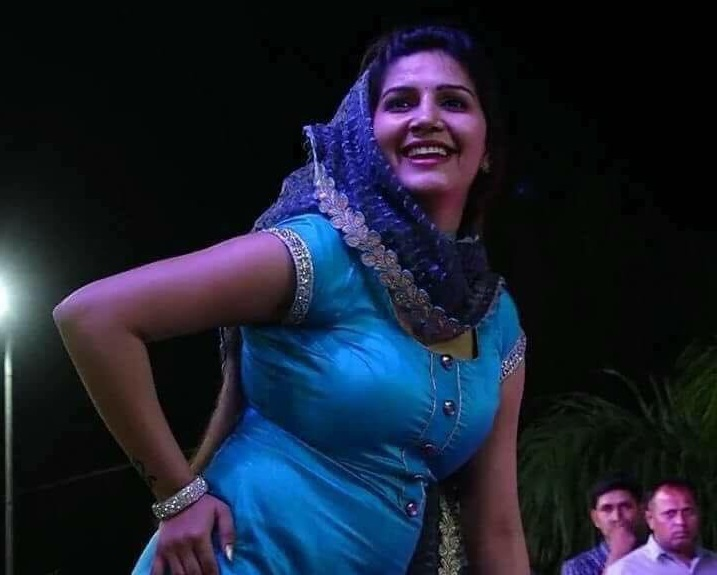 This song of Sapna Chaudhary created a buzz, the audience bowed down to see the dance, see you too