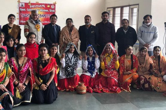 talent-search-competition-held-in-gcw-sirsa-students-get-cash-prize