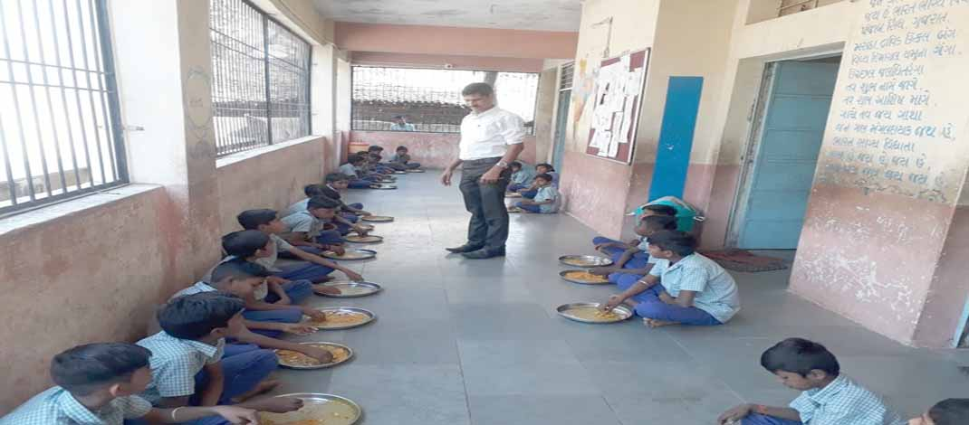 નસવાડી તાલુકાની ૧૫ શાળાઓમાં નાયબ ડી.પી.ઓ.એ ચેકિંગ હાથ ધર્યું 38
