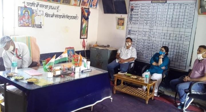 इंटरनेशनल सेंटर फॉर रिसर्च ऑन वुमन कार्यक्रम के तहत विद्यालय में  दिल्ली की टीम ने किया सत्रों का अवलोकन