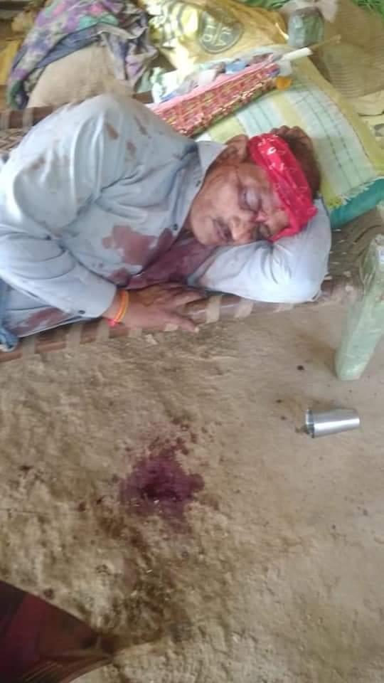 जफराबाद विधान सभा के वर्तमान विधायक डॉ हरेंद्रदेव सिंह के सह पर क्षत्रियों के द्वारा एक गरीब ब्राह्मण परिवार की जमीन पर कब्जा