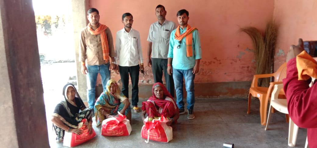 उत्तर प्रदेश के अमेठी जिले के तिलोई विधानसभा क्षेत्र के भावी प्रत्याशी अमरनाथ पाण्डे कि दिखी एक अलग पहचान