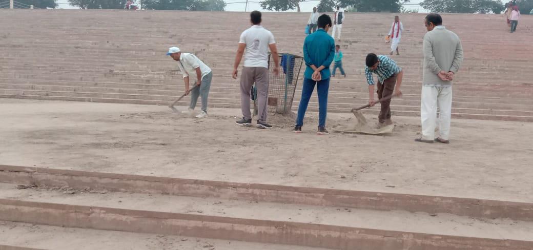 दीपवाली के पवन पर्व पर सरस्वती सामाजिक सेवा संस्थान द्वारा चलाया गया स्वच्छता अभियान